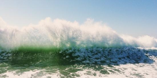 清凉的海浪图片