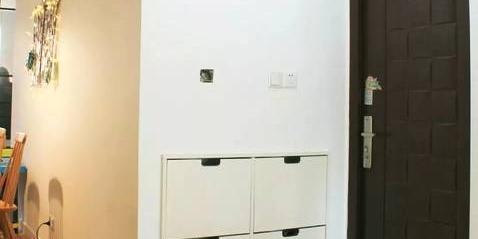 鞋柜底部留空这个小心机,竟带来如此便利!