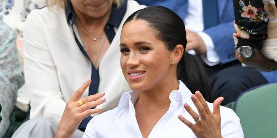 女单决赛高朋满座 王妃凯特和梅根携手亮相