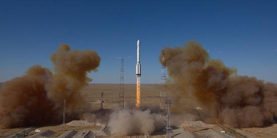 正值NASA庆祝登月50周年 俄成功发射太空望远镜