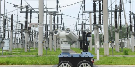 安徽滁州智能机器人高温天气24小时巡检电网