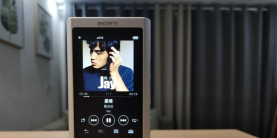 """索尼NW-ZX300A高清图赏:颜值 实力无法低调的Walkman""""小黑砖"""""""
