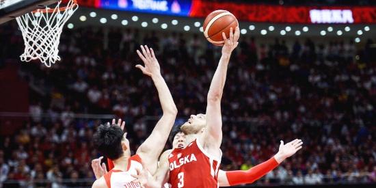 关键战!中国男篮vs波兰