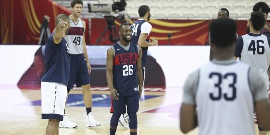 美国男篮今晚对阵土耳其 众将训练备战
