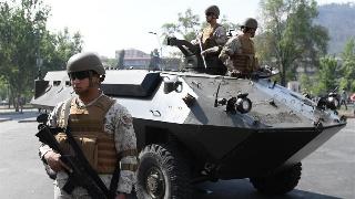 智利军方街头警戒,保障全国社会秩序
