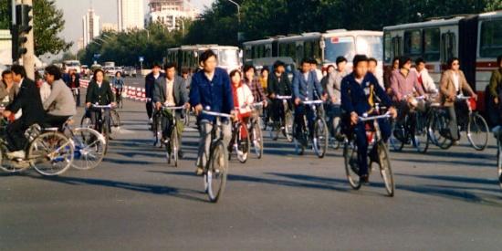 【老照片】八十年代,北京胡同。