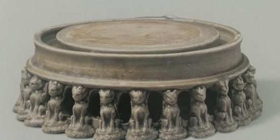历史文物出土瓷器三彩骑马人形塑