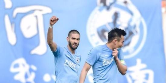 中超联赛第6轮,大连一方1-1战平重庆斯威。