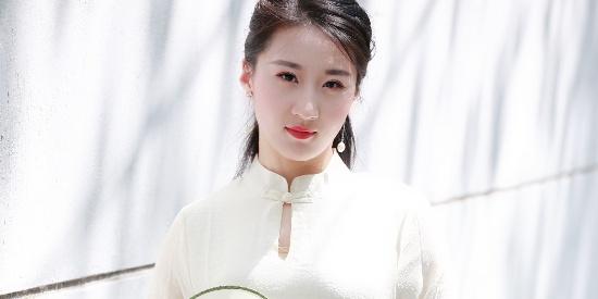 95后美女演员胡晟益最新写真曝光,充满古典女性之美