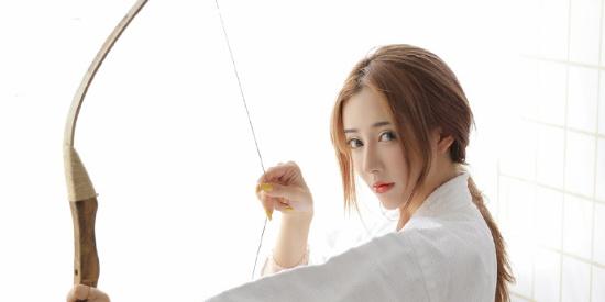 性感美女时尚写真,漂亮脸蛋苗条身材马尾辫日式风格,魅力十足!