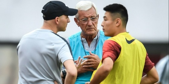 武磊回到国足以后随队训练,武磊积极备战世界杯预选赛