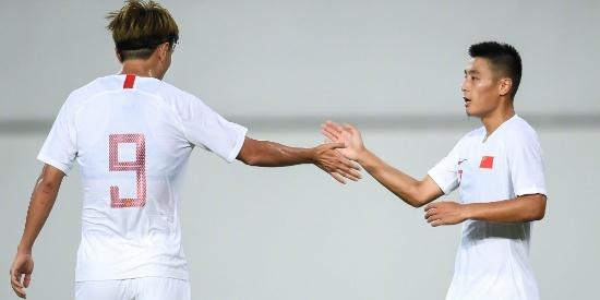 热身赛国足7:0战胜广州恒大预备队,武磊一人打进三球