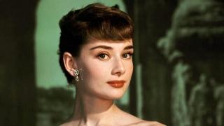 奥黛丽・赫本旧照,风华绝代的美人,惊艳了